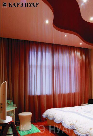 Традиционно в спальне используются мягкие пастельные тона.  Наиболее